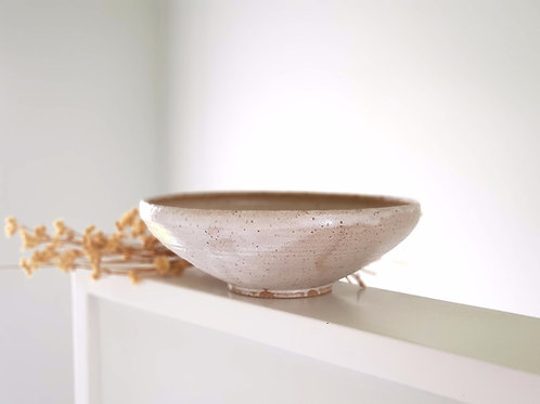 Warm & natural Salad Bowl with Speckles