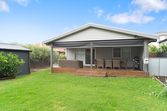 Secure rear yard and pet friendly