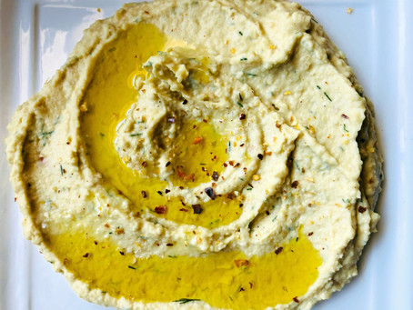 Mediterranean Mezze Hummus