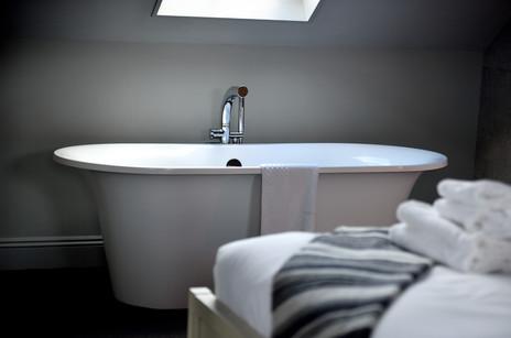 roll-top-bath-essex-photograph.jpg