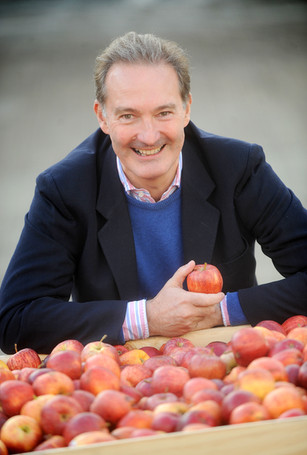 apple-day-photograph-cambridge.jpeg
