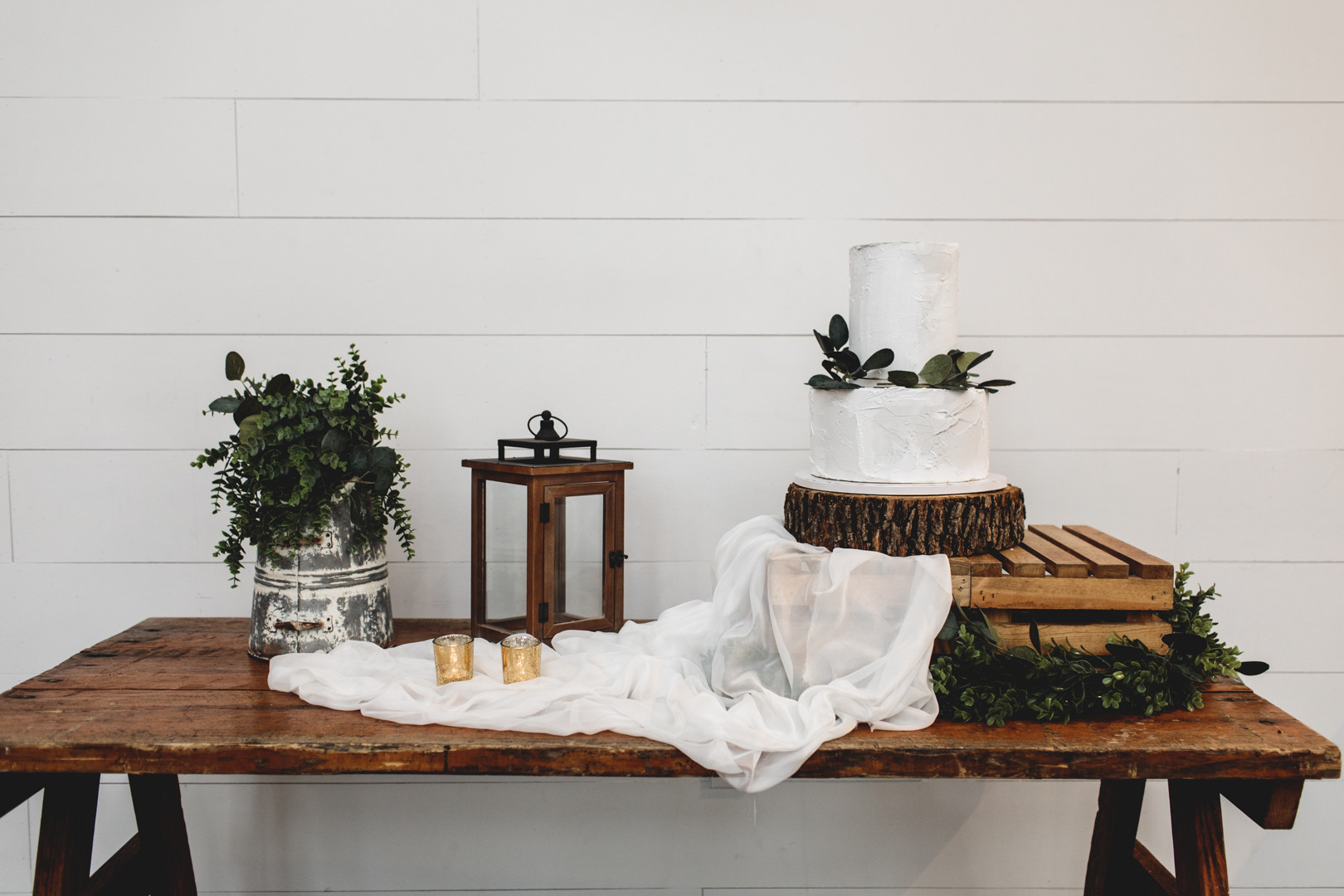 The Handcrafted Wedding RUSTIC 1.jpg