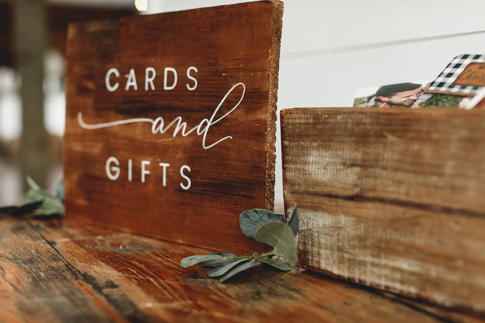 The Handcrafted Wedding SIMPLE 7.jpg