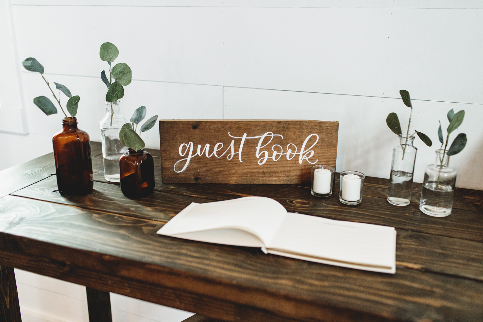 The Handcrafted Wedding SIMPLE 4.jpg