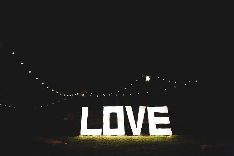 Jonathan  Grace Wedding 815.jpg
