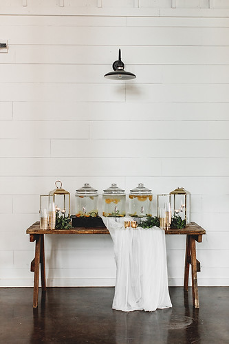 The Handcrafted Wedding CLASSIC 6.jpg