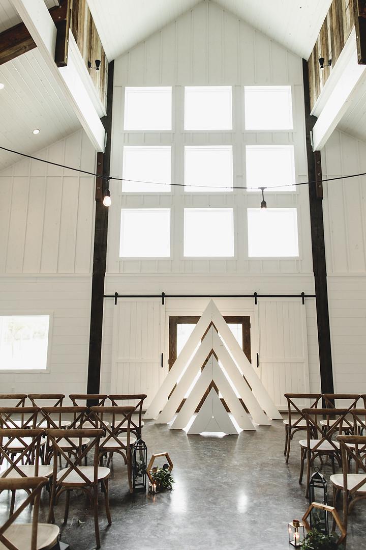 The Handcrafted Wedding MODERN 6.jpg
