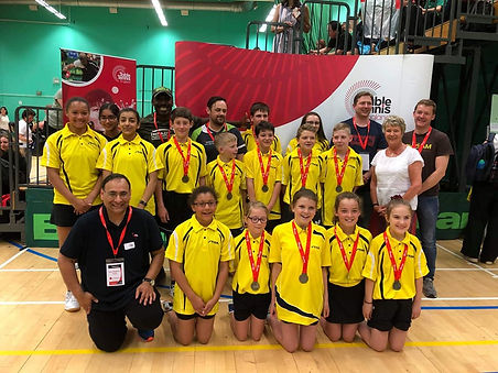 East midlands team medallists.jpg
