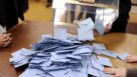 Présidentielles : qui arrive en tête dans le canton de Renaison et combien de personnes ont voté bla