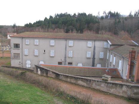 Une maison de village pour une nouvelle dynamique à Saint Alban les eaux