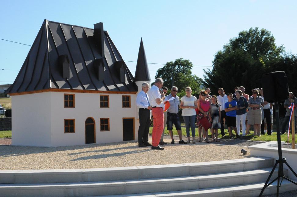 Georges Dru inaugure un second petit Louvre à La Pacaudière (discours)