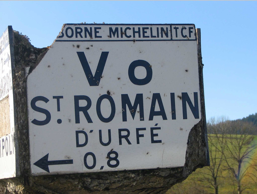 Saint-Romain-d'Urfé a changé au moins 8 fois de nom dans l'histoire !