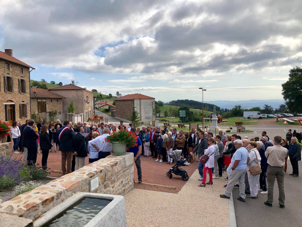 Inauguration du nouveau bourg d'Arcon en images