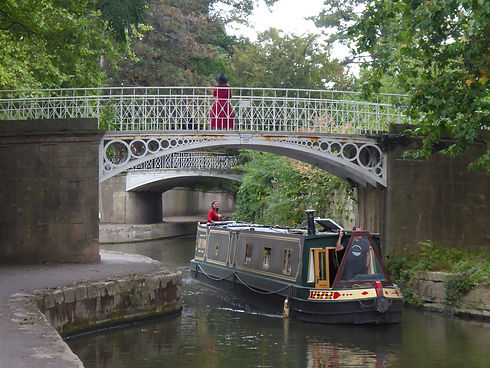Kennet and Avon canal in Bath