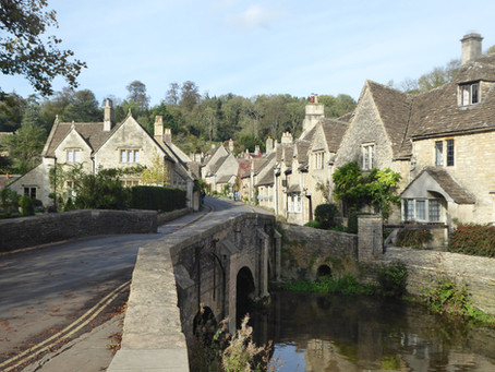 Lacock and Castle Combe Tour