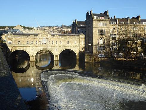 Pulteney Bridge in Bath which you will seen on my Bath walking tour