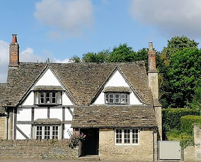 House in Lacock - tour from Bath