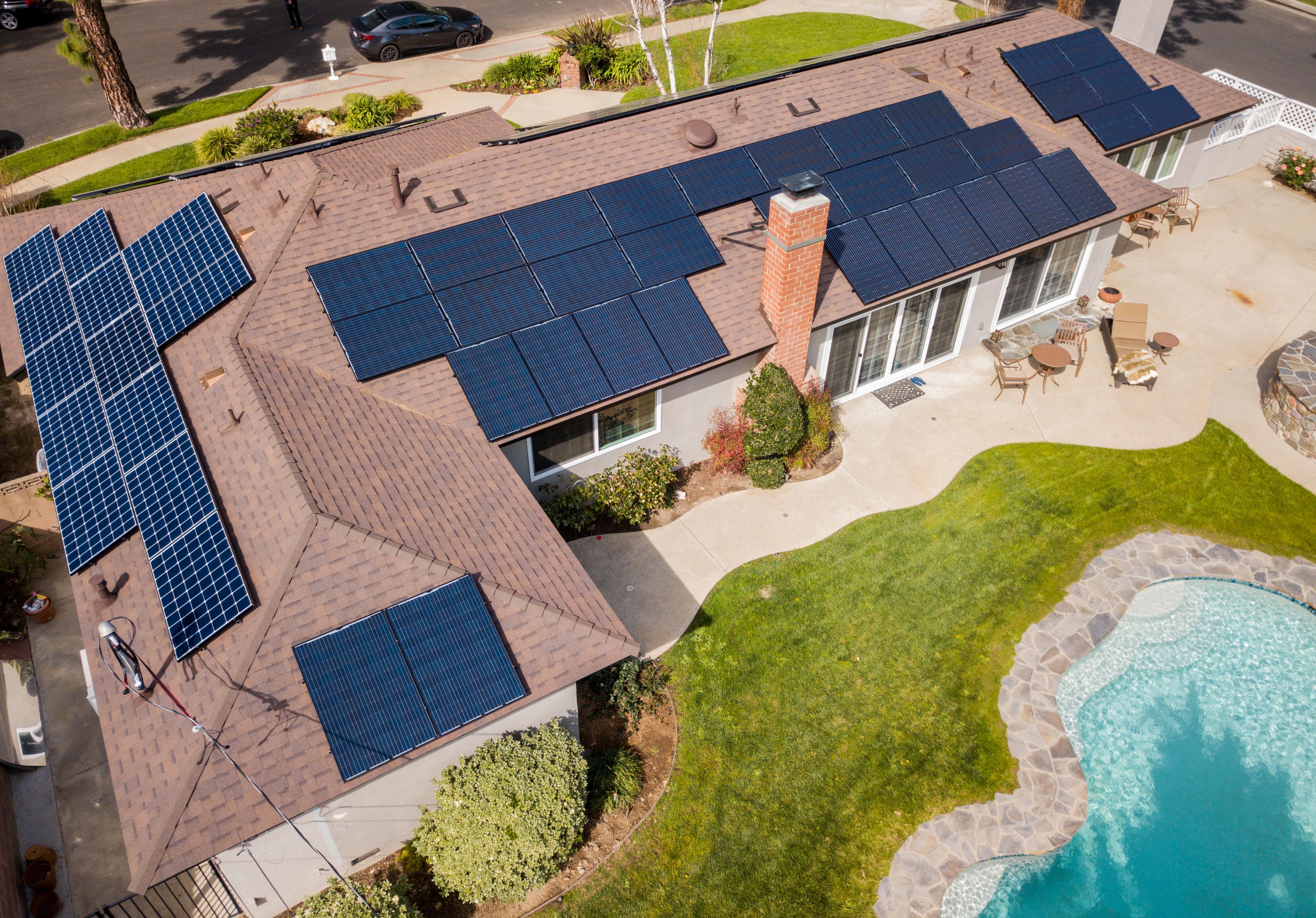 5kW / Shingle Roof / Premium Panels