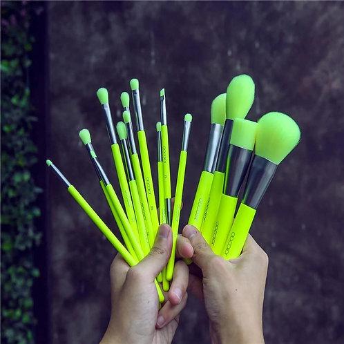 Set de brochas Neon Green Plus