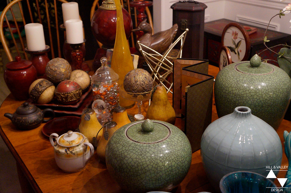 table of decor and accessories sorted by color