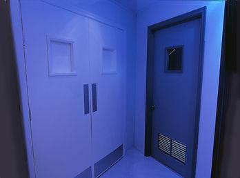 Bruce_Charlesworth-Airlock-2004-installation-narrative_environment-video