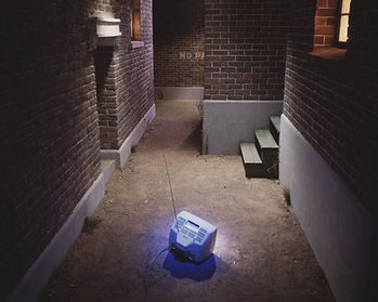 Bruce_Charlesworth-Reality_Street-detail-1994-installation-tableau-blue_TV