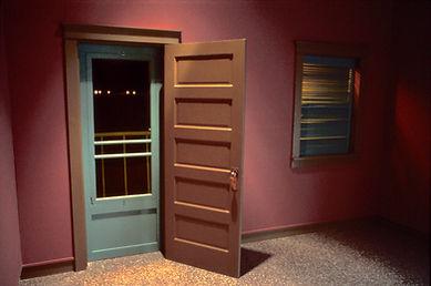 Bruce_Charlesworth-Surveillance-detail-1981-installation-narrative_environment-video