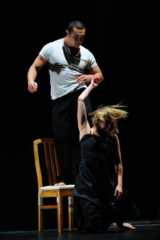 Jeremy Poi & Anita Hunziker - Footnote Dance