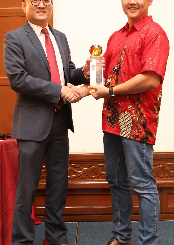 TOP PRODUCER AWARD (ASEAN REGION)