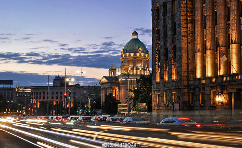 Blue-hour-photography-Beograd-Zeleni-Skupstina2