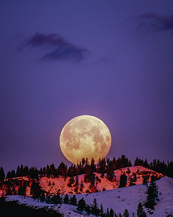 moon-over-snowcapped-mountain-2361600.jp