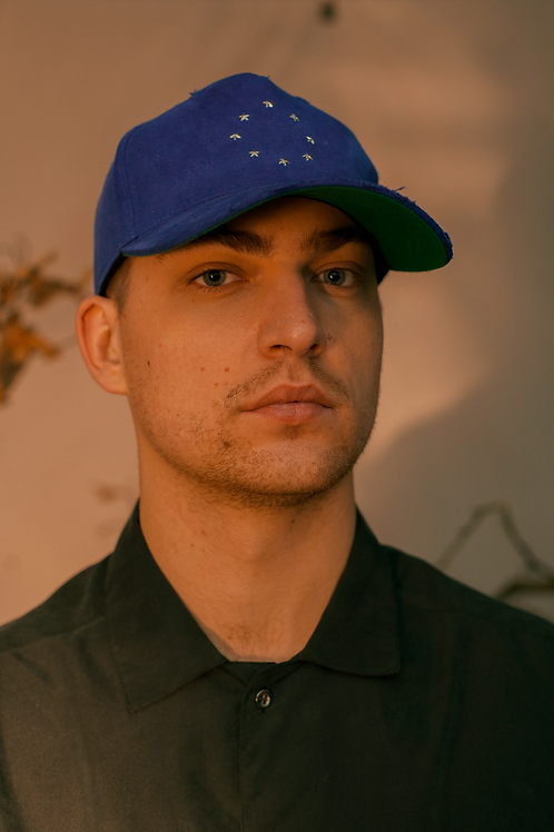 blue moon hat