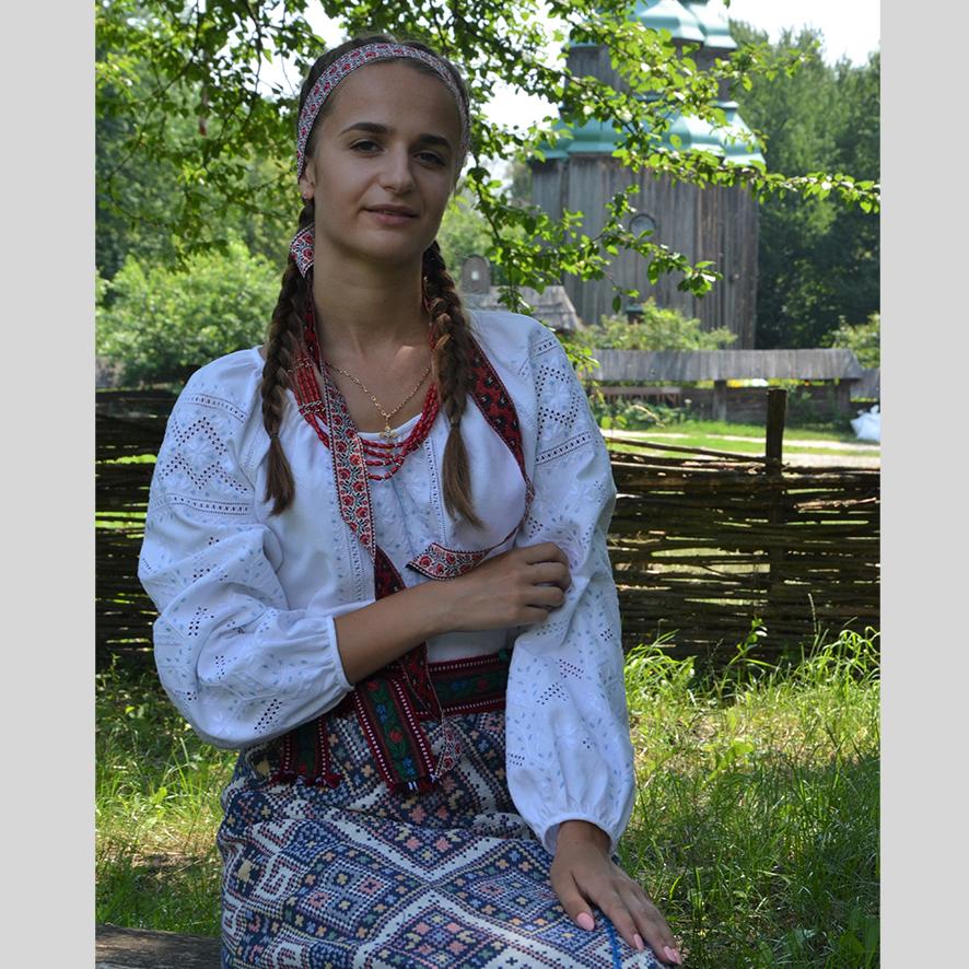 +Oleksandra Svorak