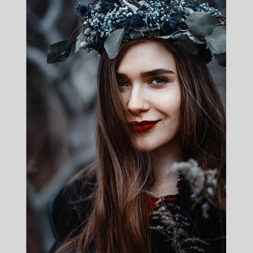 +Anastasia Shmotolokha