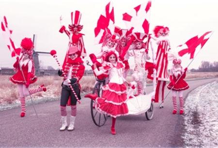 La Troupe de Rouge-Blanc-website.jpg