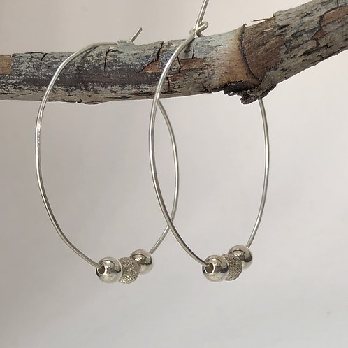 Round Hoop Earrings with 3 Silver Beads – 925 Sterling Silver