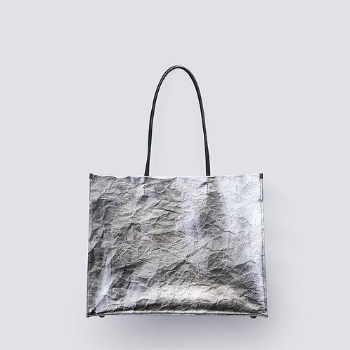 [× Traditional craftsman] Hand fir silver foil shopper bag
