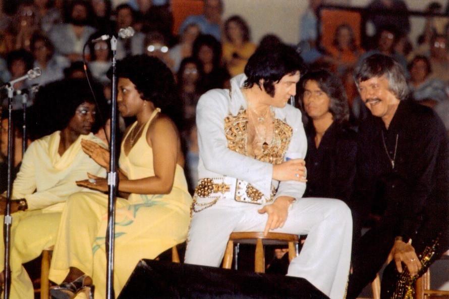 Sweet inspirations, Elvis, Me & JD Sumner