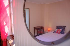chambre rouge gîte du Cloiseau