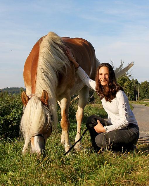 Physiotherapie für Pferde, Wichter-Physio.jpg