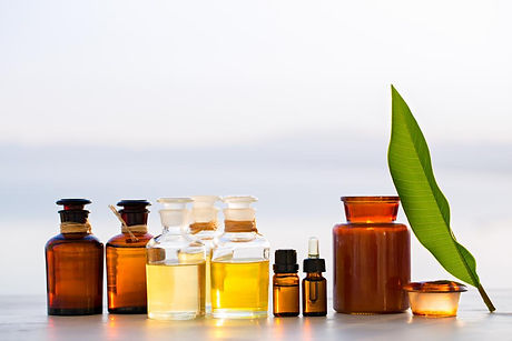 bottles-of-aromatherapy-essential-carrie