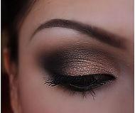 12.-Black-Bronze-Eye-Makeup.jpg