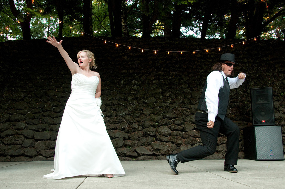 Fun wedding day photography