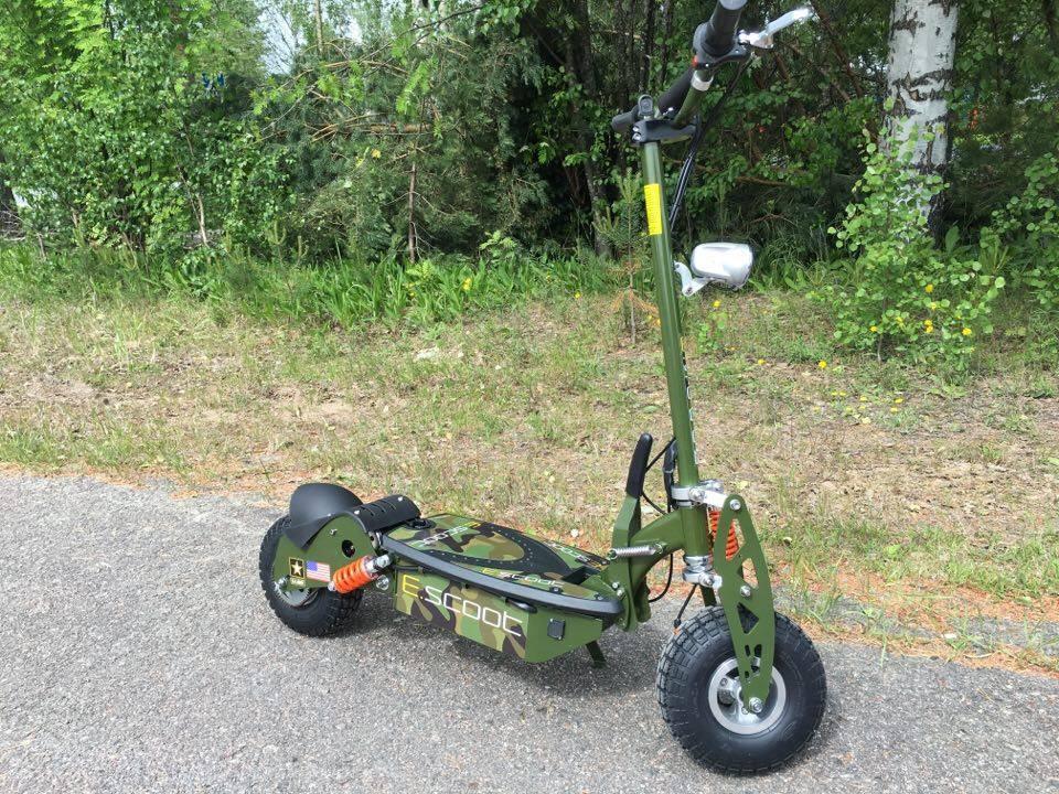 E-scoot sähköpotkulauta US Army Erikoisversio