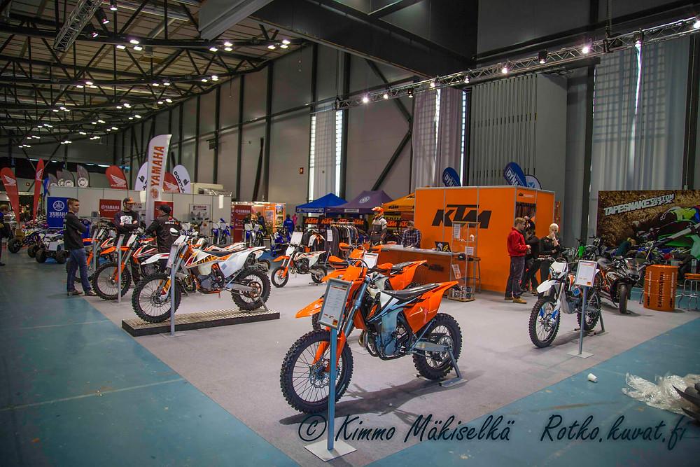 Tampere Supercross HOLESHOT Award palkinnot tarjoaa Huawei