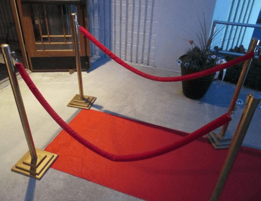 Punainen matto kruunaa tilaisuutesi tai tapahtumasi!