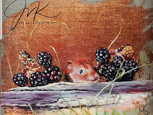 Bronze leaf mouse and blackberries