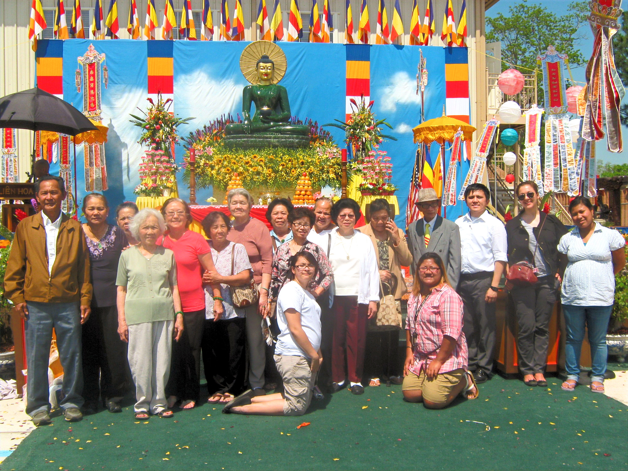 AAA-Senior Fieldtrip to Lien Hoa Temple