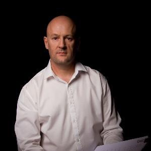 Steve Herczeg author image