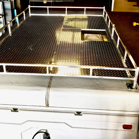 Custom Aluminum Roof Rack